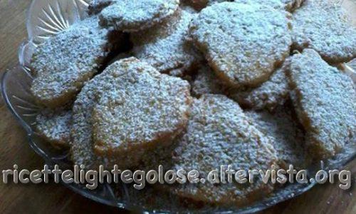 Biscotti di purea di mele e fiocchi di mais
